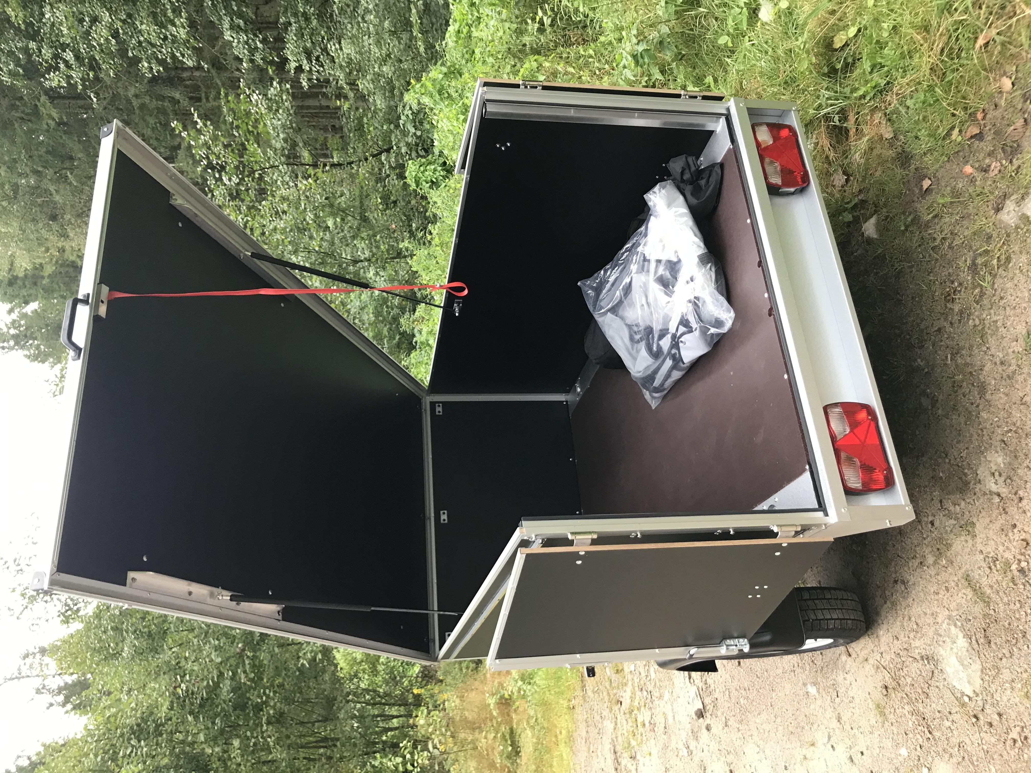 Camping Fritid T-10-UCH Svart 75cm m/rails og telt